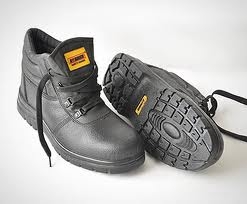 BORDER SAFETY SHOES