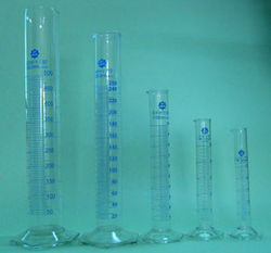 Measuring Cylinders ( Plastic & Glass )