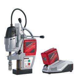 BATTERY MAGNETIC DRILL