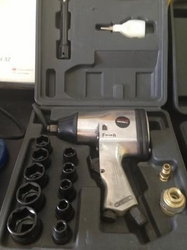 Impact wrench In Sharjah