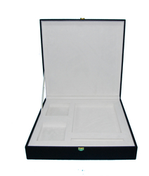 gift box suppliers in uae