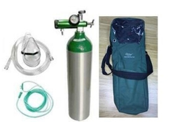 Aluminum Medical Oxygen size D with accessories and bag.