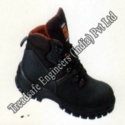 Industrial Safety Shoes in Saudi from TREADSAFE ENGINEERS (INDIA) PVT LTD.