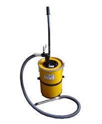 Pneumatic Vacuum Cleaner from AL WADI AL AZRAQ TRADING LLC