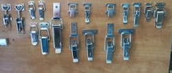 BOX CLIP SS & NP from PIPLODWALA HARDWARE TRADING L.L.C