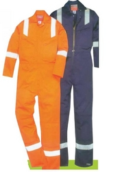 FLAME RETARDANT COVERALLS  MX WILLIAMS, UK   from URUGUAY GROUP OF COMPANIES