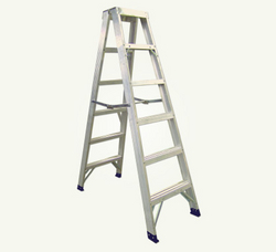 Two Way Aluminium Ladder SUPPLIERS IN OMAN from AL RAFAAH INTERNATIONAL LLC
