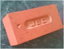 RED CLAY BRICKS SMOOTH SURFACE from DAR AL JAWDA BUILDING MATL TR