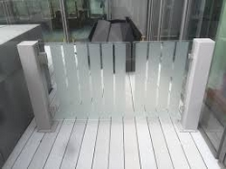 Glass barrier with Gate from EURO STEEL AND ALUMINIUM LLC