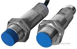 NPN And PNP sensor from SOLUTRONIX INDUSTRIAL INSTRUMENT, ELECTRICAL AND AUTOMATION LLC