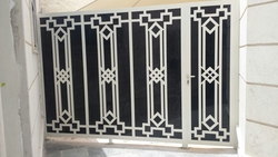 CAST ALUMINIUM FENCE IN UAE from WHITE METAL CONTRACTING LLC