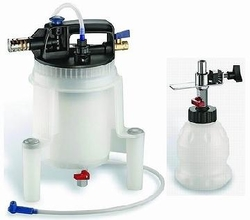 PNEUMATIC BRAKE FLUID EXTRACTOR/REFILLED KIT SUPPLIER IN UAE
