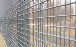 Steel Barricades Crowd Barriers Partition Mesh Wall Cages Storage Shelving Racking Trays Shelfs Suppliers in UAE Oman Qatar Kuwait Iran from CHAMPIONS ENERGY, FENCE FENCING SUPPLIERS UAE, WWW.CHAMPIONS123.COM