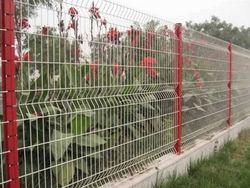 Fence Fencing Wire Mesh Gabions Barriers Barricades Suppliers Contractors Company in UAE Duba Abu Dhabi Al Ain Qatar Jordan Iran Iraq Africa Ethiopia Algeria Kuwaiti from CHAMPIONS ENERGY, FENCE FENCING SUPPLIERS UAE, WWW.CHAMPIONS123.COM