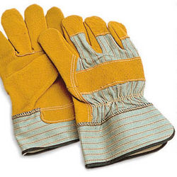 Industrial Leather Hand Gloves from FRIENDLY TRADING & CONTRACTING W.L.L.