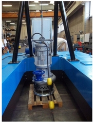 REMOTE CONTROLLED MINI DREDGER PONTOON