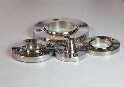 SS 321 Flanges from UDAY STEEL & ENGG. CO.