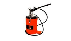 GREASE BUCKETS AND GREASE GUN from SIS TECH GENERAL TRADING LLC