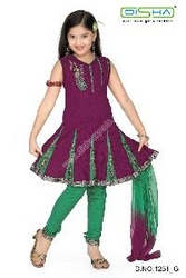 CHILDREN CLOTHING in Qatar from DISHA EXPORTS