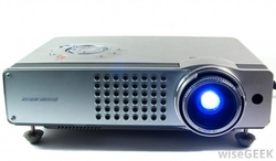 Digital Multimedia Projectors from CLOUD COMMUNICATIONS FZE