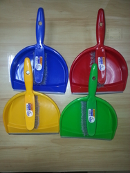 Dustpan Sets Suppliers In UAE from DAITONA GENERAL TRADING (LLC)