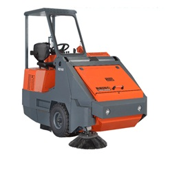 Ride On Sweeper in uae from  AL NOJOOM CLEANING EQUIPMENT LLC