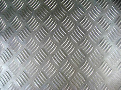 Aluminium Chquered Sheets - 5 Bar Pattren