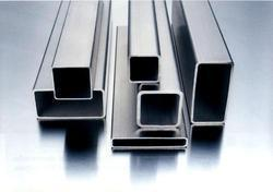 ERW Rectangular Pipes  from SEAMAC PIPING SOLUTIONS INC.