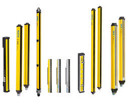 Safety light curtain supplier in UAE from PROFACT AUTOMATION FZCO.