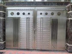 SS door from EURO STEEL AND ALUMINIUM LLC