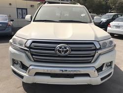 Toyota Land Cruiser GXR 200  4.5 L Diesel from DAZZLE UAE