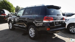 RHD TOYOTA LAND CRUISER URJ 202 from DAZZLE UAE