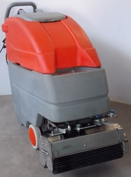 Roots Escalator Cleaning Machines In Uae  from DAITONA GENERAL TRADING (LLC)