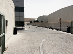 SLIDING GATES IN AJMAN/RAK/DUBAI/SHARJAH/UAE from DOORS & SHADE SYSTEMS