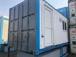 Portable toilet for hire uae