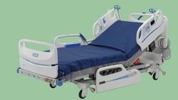 HOSPITAL BED MANUAL OR AUTOMATIC ABU DHABI OMAN SAUDI ARABIA YEMEN IRAQ KUWAIT DUBAI