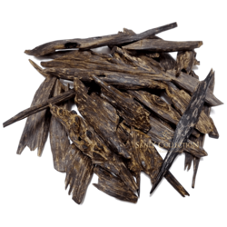 Natural Quality Agarwood Available for sale