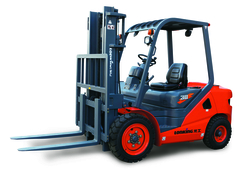 DIESEL FORKLIFT WITH JAPANESE ENGINE IN OMAN